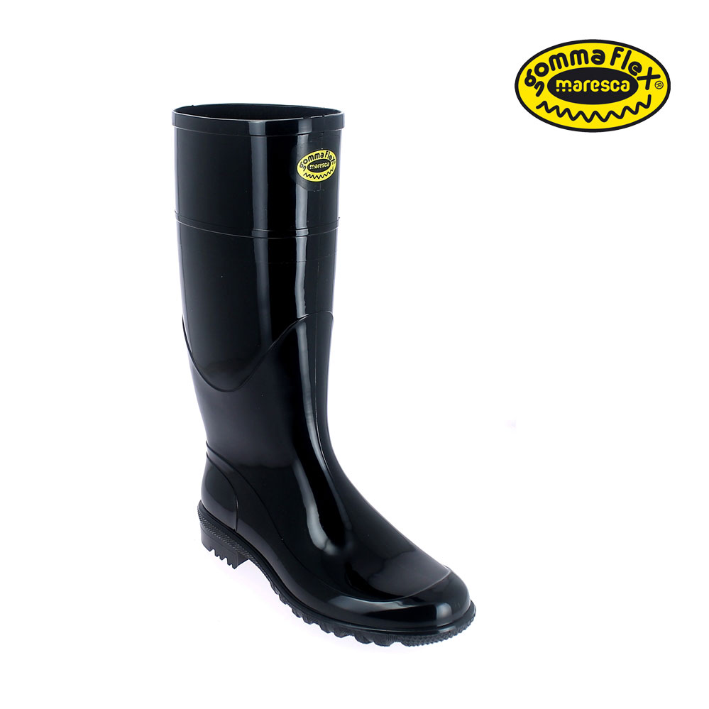 Bright finish GommaFlex knee boot for women. Calendered outsole