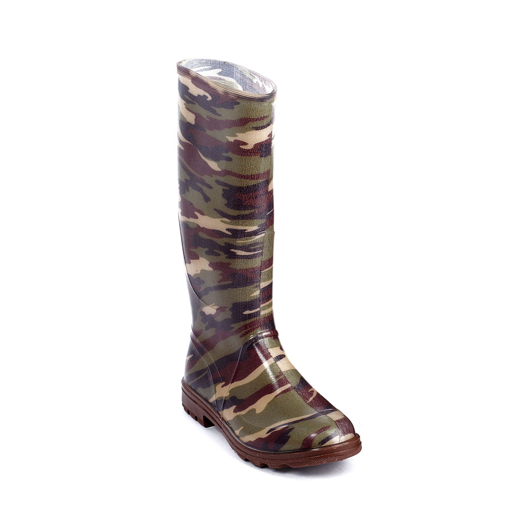Transparent pvc knee boot with inside lining with mimetic pattern