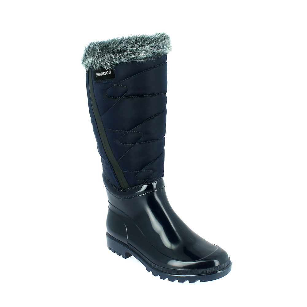 Bright finish Pvc Boot with synthetic lamb wool inner lining. Bootleg in waterproof quilted fabric, with water-repellent zip fastener and synthetic fur trim.  Made in Italy