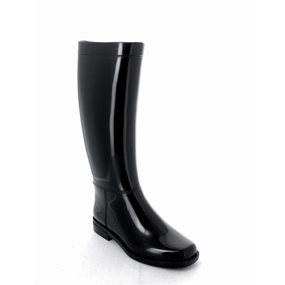 Riding boot in pvc with bright finish pvc and medium height boot leg