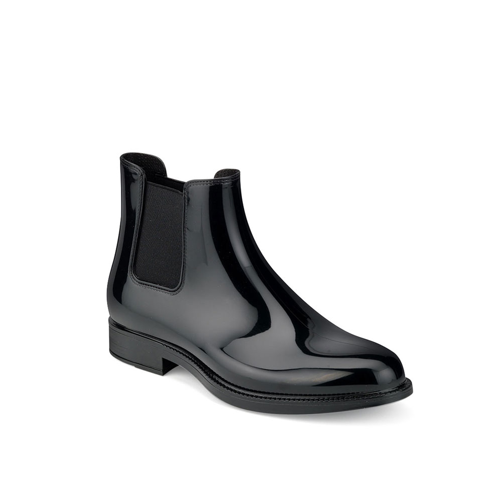 Chelsea boot in bright pvc with elastic band on ankle sides