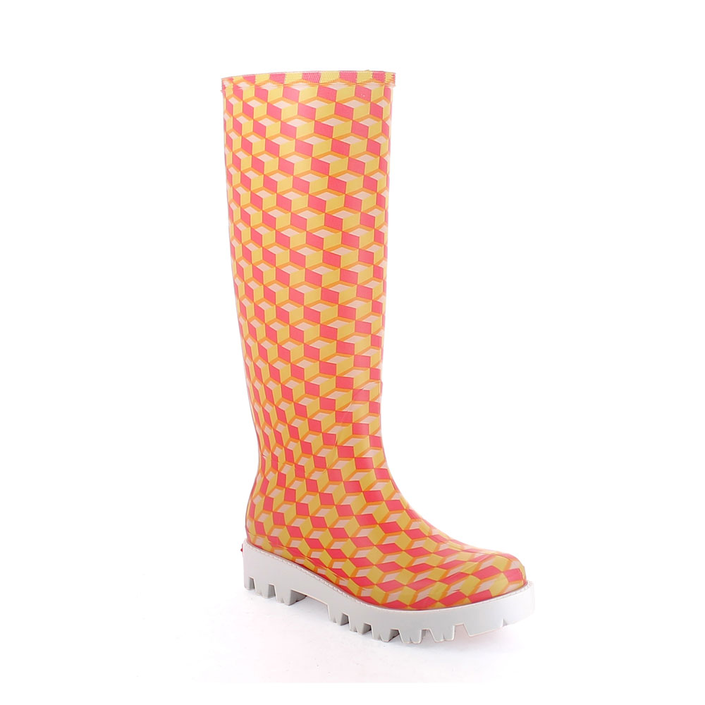 "Matt finish pvc Wellington boot with  ""cut and sewn"" inner sock with pattern ""Cubi""; Lug outsole (VIB). Made in Italy"