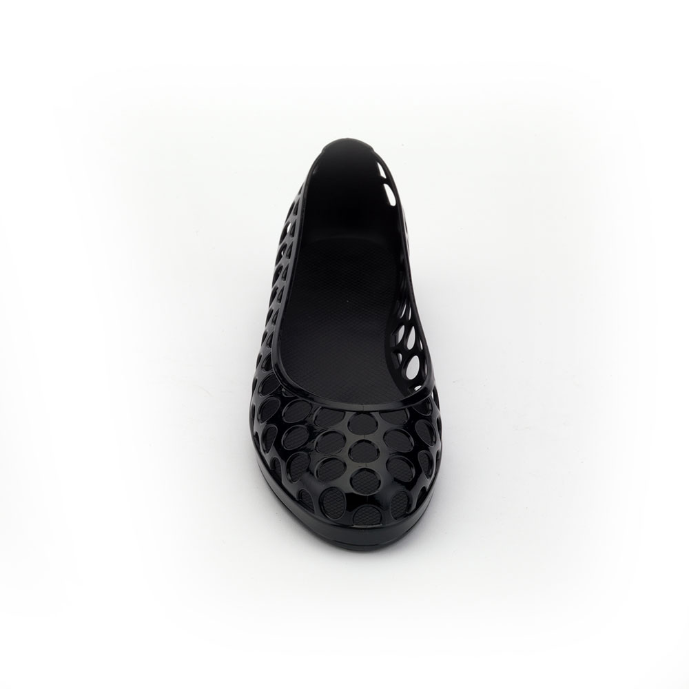 Solid colour Pvc Ballet shoe with circle shape perforation