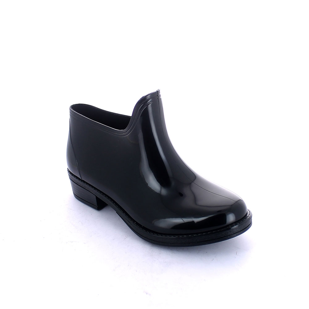 Solid colour Galosh in bright PVC, designed for boot leg application and suitable for inner lining