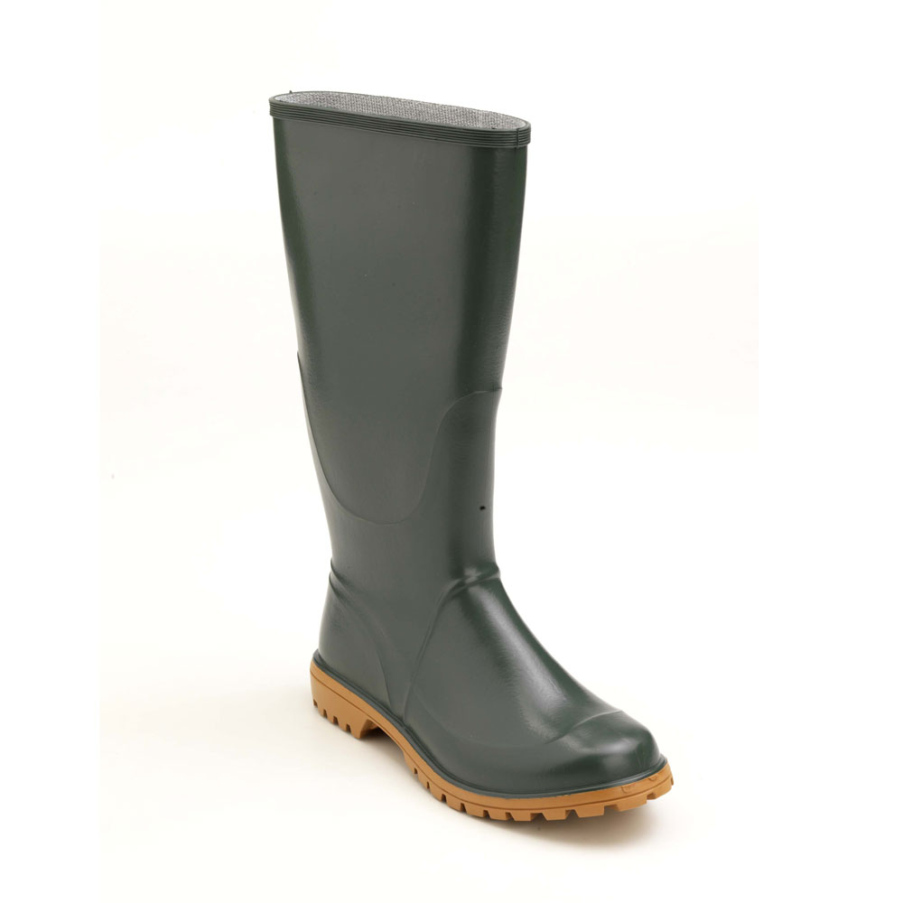 Pvc knee boot with lug outsole