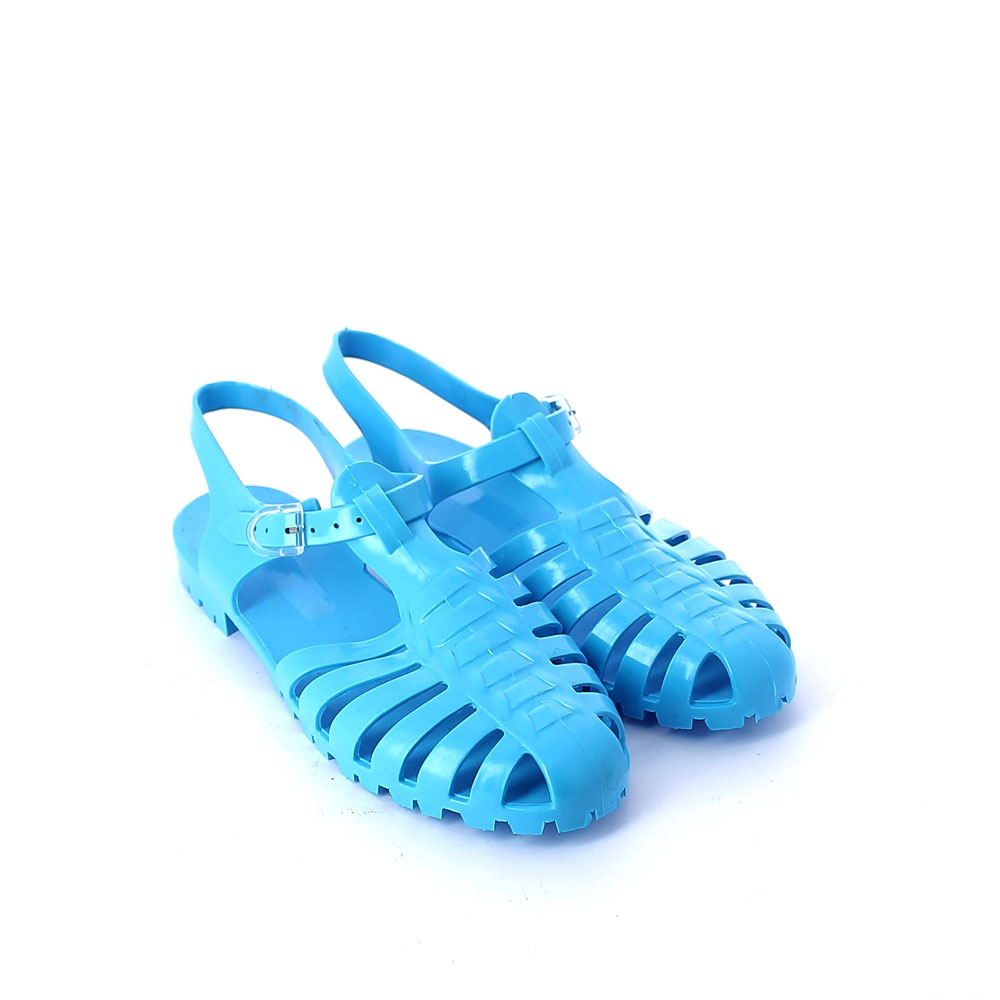 Solid colour pvc sandal with bright finish
