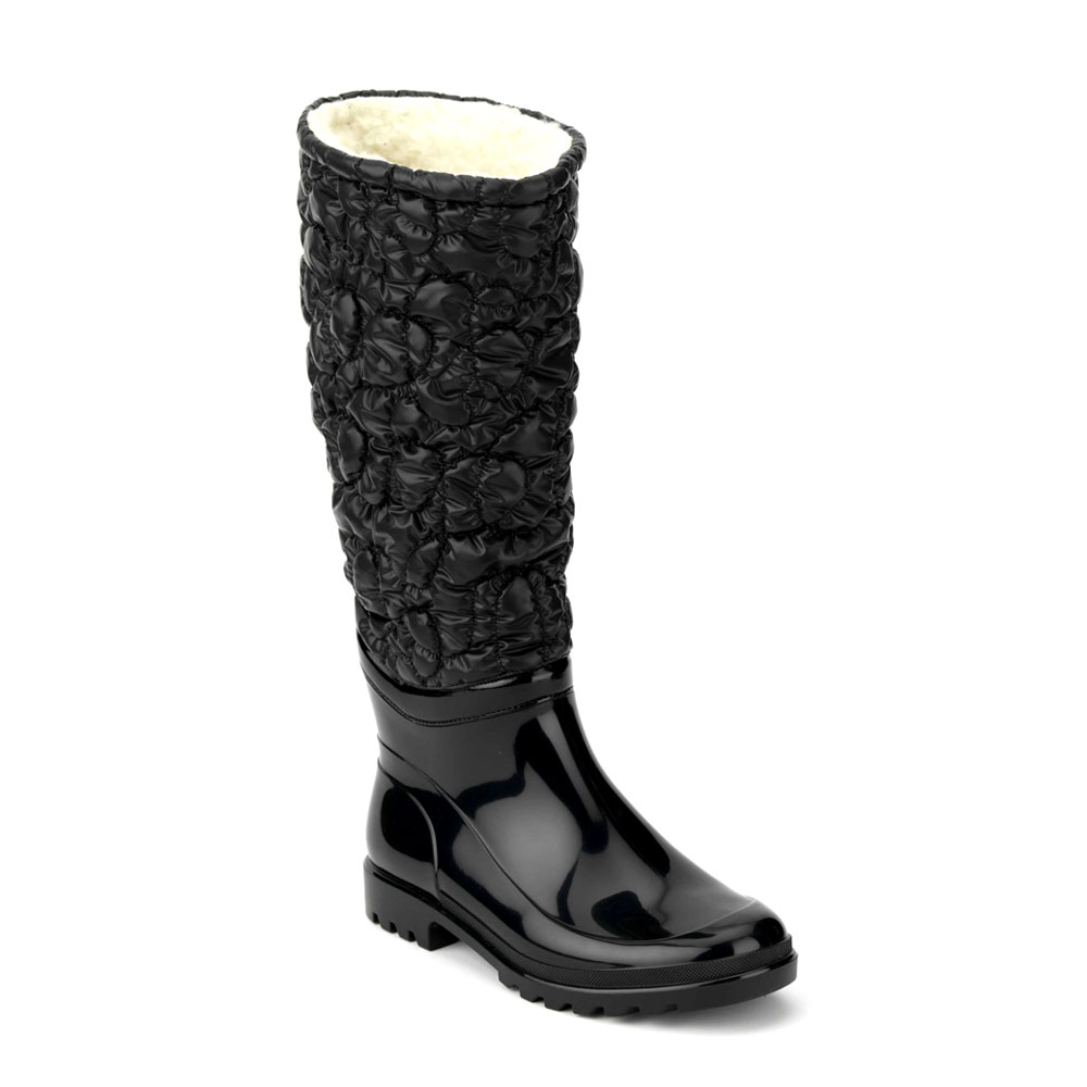 Decorative bootleg made of microfiber with fringes and stitched on the finish boot, pvc high bootleg model with heel